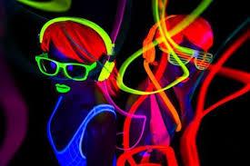 Comment créer des jeux de lumières pour soirée ?