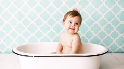 Une baignoire adaptée au confort de votre bébé